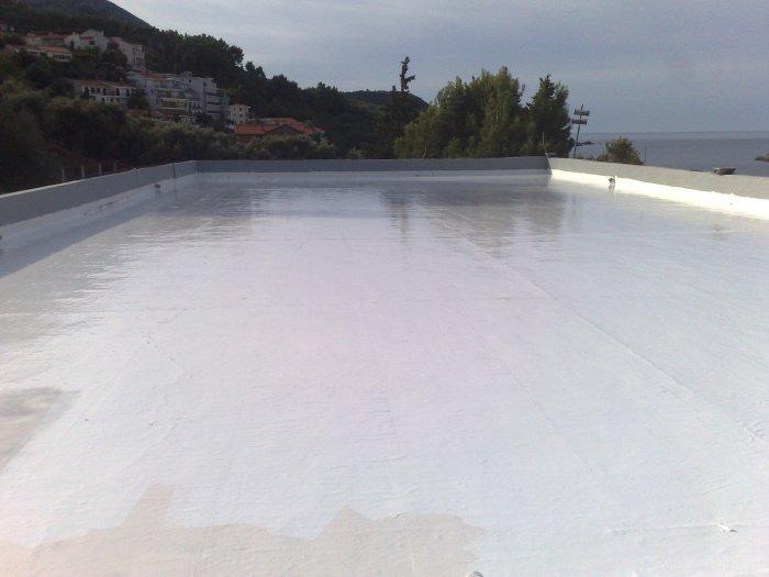 Impermeabilizzazione di un terrazzo eseguita con il SISTEMA HYPERDESMO